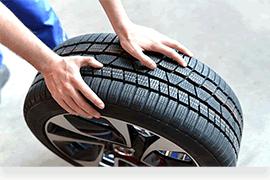 Montez les pneus au garage